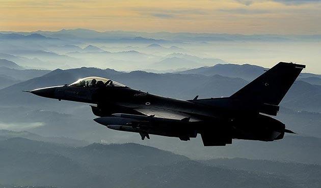 TSK jetleri Kandil'e bomba yağdırdı