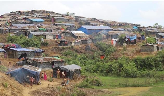 200 bin Arakanlı için muson tehlikesi
