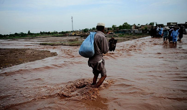 Hindistan'da aşırı yağışlar nedeniyle 13 kişi öldü