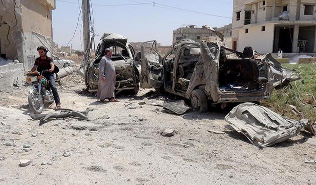 Esed rejiminin İdlib'e hava saldırıları sürüyor