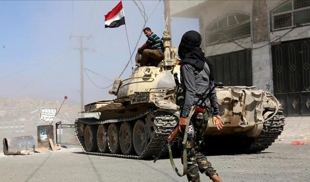 Yemen ordusu ile Husiler arasındaki çatışmalarda 50 ölü