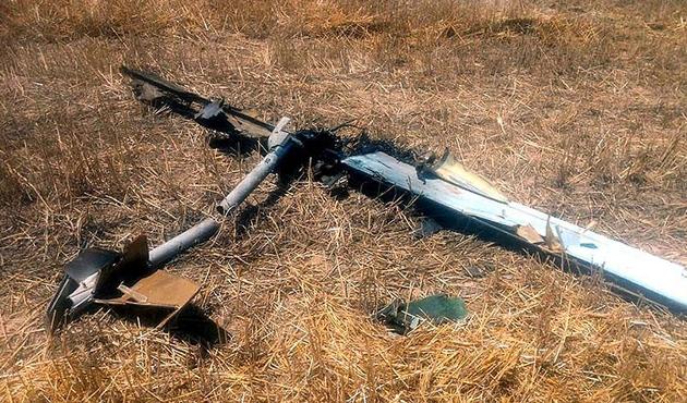 Azerbaycan ordusu Ermenistan'ın İHA'sını düşürdü