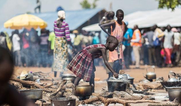 İnsan tacirleri Somali'de cirit atıyor