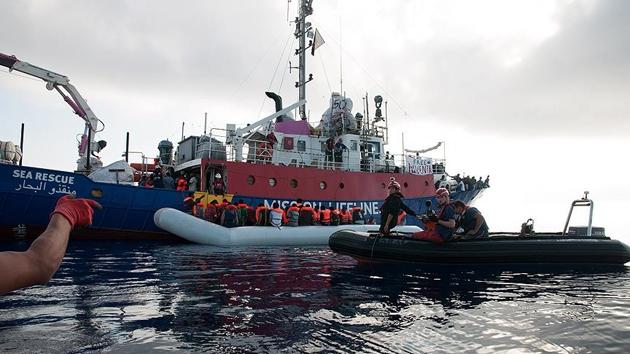 İtalya'dan göçmenleri ölümden kurtaranlara tutuklama tehdidi