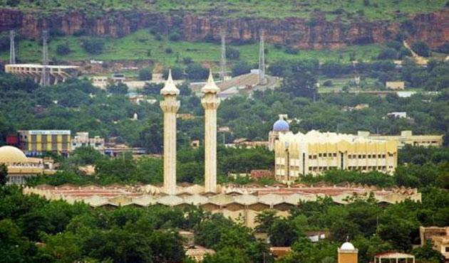 Ezan Sesiyle Hayatın Durduğu Bir Şehir Bamako