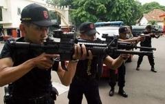 Endonezya Ordusu ABD'nin Kanatları Altında