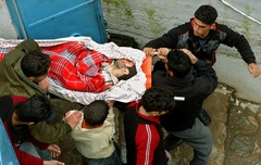 İsrail Zihinsel Özürlü Filistinliyi Öldürdü