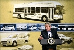 Bush: Petrol yerine hidrojen kullanın