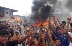 Bangladeş'te gerginlik sürüyor
