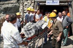 Maden ocağında göçük: 3 ölü