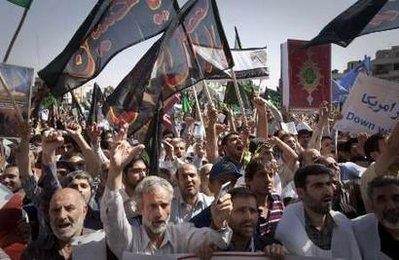 İran'da 'Kur'an yakma'ya öfke yağdı-FOTO