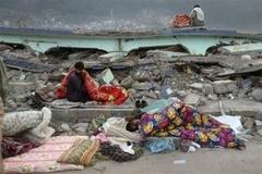 Depremzedeler Soğuktan Ölüyor