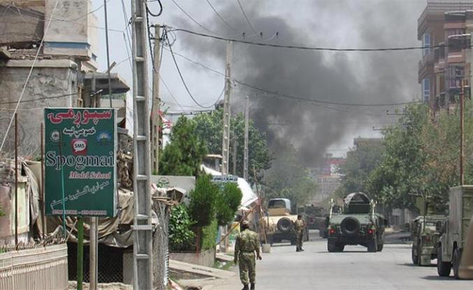 Afganistan'da ebelik eğitim merkezine bombalı saldırı