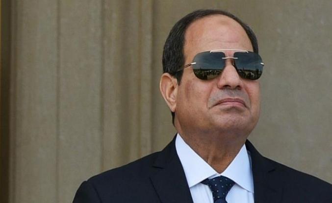 Sisi ilk yurtdışı gezisi için Sudan'da