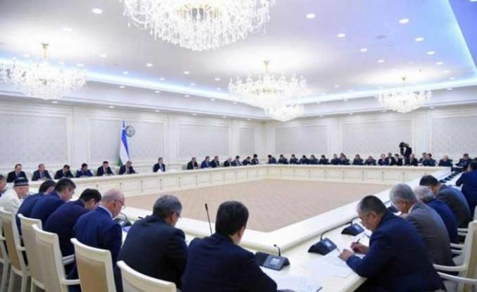 Kazakistan'da Rus televizyonlarının yayınları askıya alınıyor