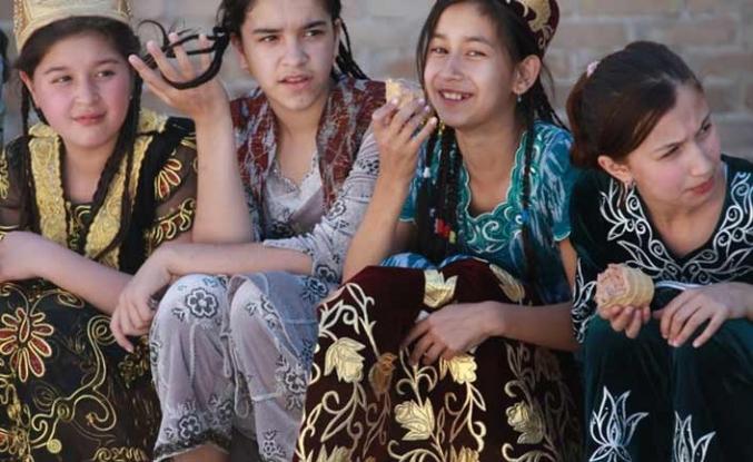 Özbekistan'ın tüm şehirlerinde kızlara özel sağlık merkezi