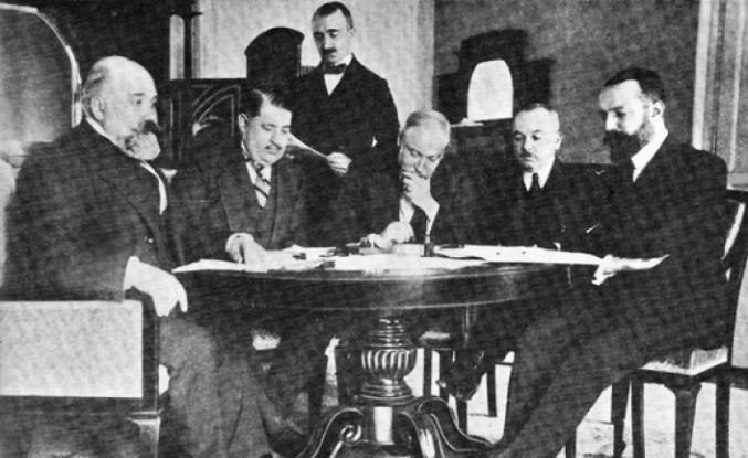 Tarihte bugün: Sevr Antlaşması imzalandı