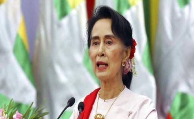 Myanmar liderinin fahri vatandaşlığı iptal edildi
