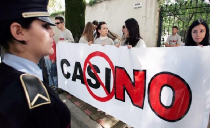 Arnavutluk'ta bahisler iptal