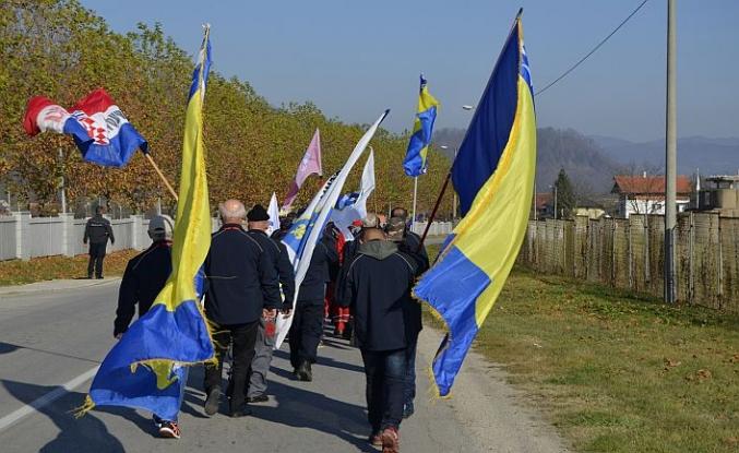 Srebrenitsa'dan Vukovar'a hüzünlü yürüyüş başladı