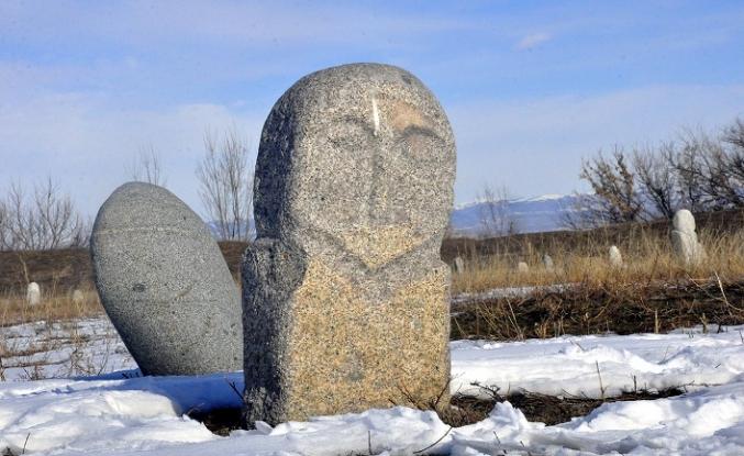 UTESAV Moğolistan'da Türk İzleri'ni konuştu