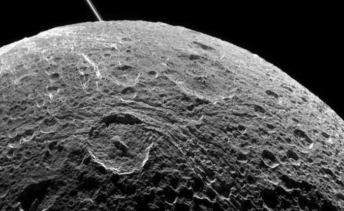Çin, Ay'ın karanlık yüzünü keşfe çıktı