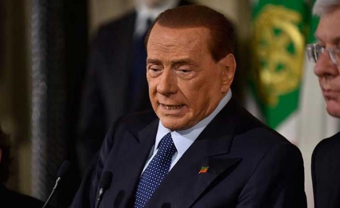 82 yaşındaki Berlusconi'den adaylık hamlesi