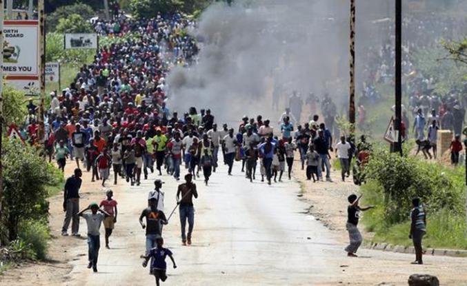 """BM'den Zimbabve hükümetine """"Sakin ol"""" çağrısı"""