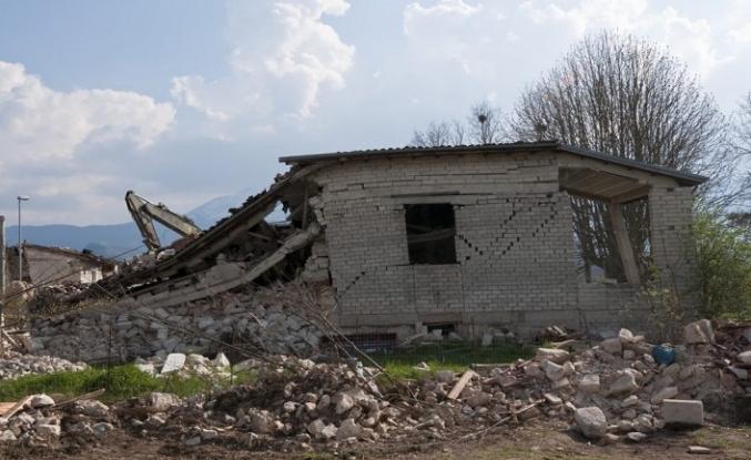 Brezilya'da deprem, bilanço netleşmedi