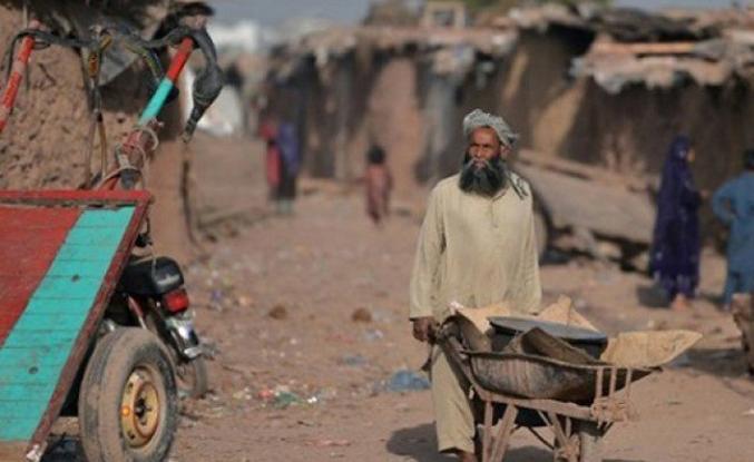 Pakistan'daki Afgan göçmenlerin umudu İmran Han