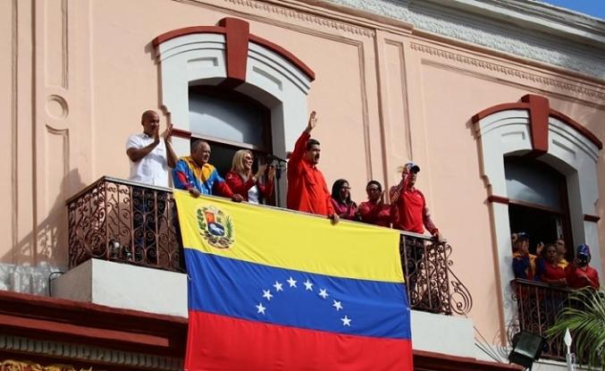 Gerilim yükseliyor... Maduro süre verdi