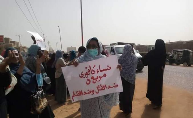 Sudan'da gösteriye göz yaşartıcı gazla müdahale
