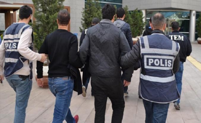 Toplantı planlayan FETÖ'cülere polis baskını