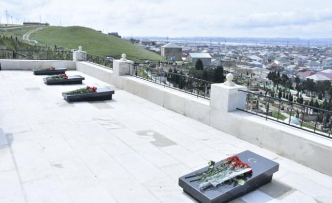 Azerbaycan'da Kafkas İslam Ordusu şehitlerine yeni anıt