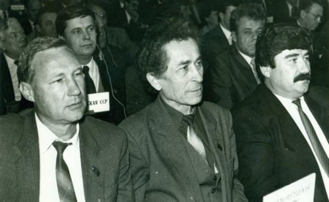 Baskı altındaki halkların rehabilitasyonu yasasının yazarlarından Bogatyryov öldü
