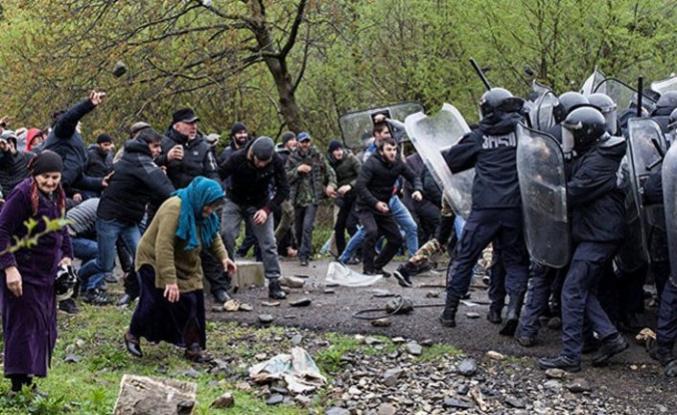 Gürcistan'da HES protestosu: 27 yaralı