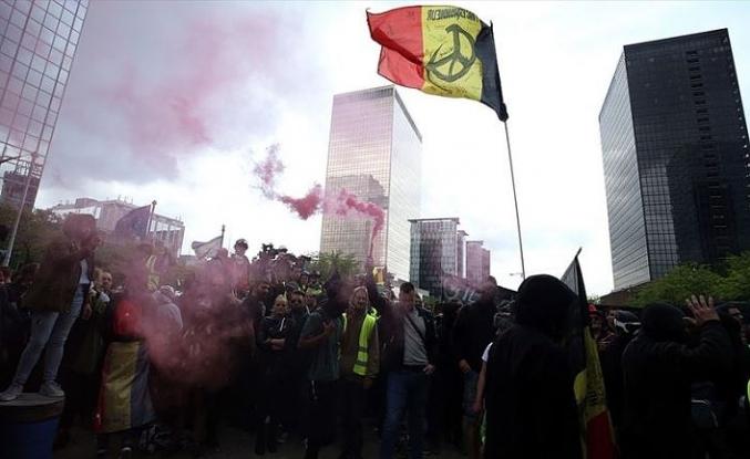 Belçika'da sarı yelekliler seçim günü yine sokaklardaydı