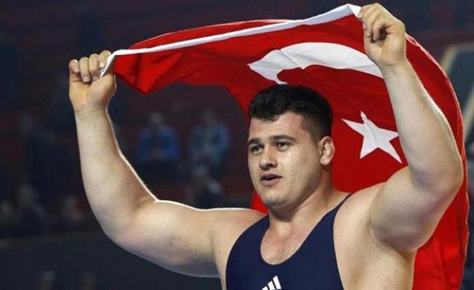 Dünya Güreş Şampiyonası'nda Milli güreşçi Rıza Kayaalp finale yükseldi
