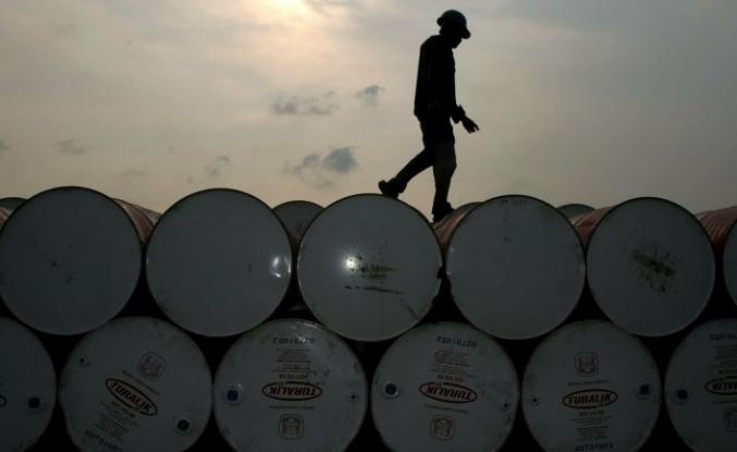 Brent petrolün varili 42,84 dolar