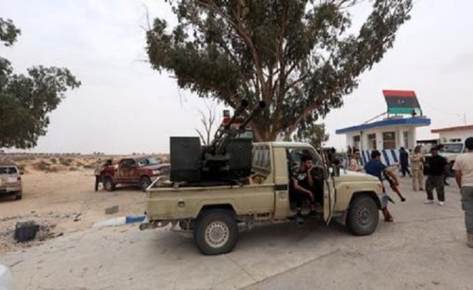Libya'da kim, kimin yanında?