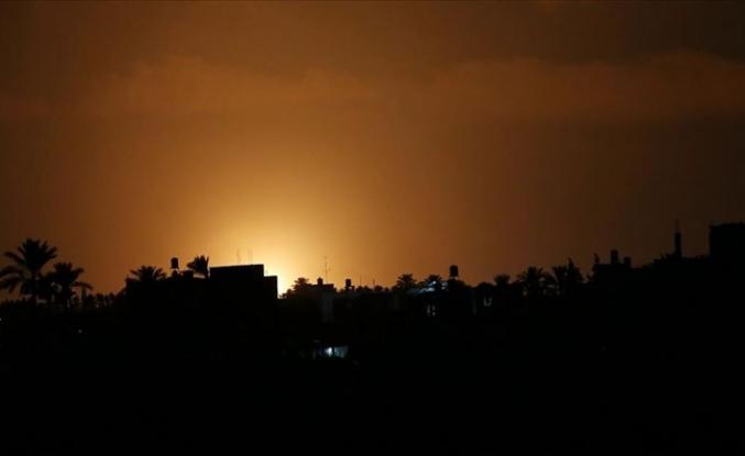 İsrail'den Gazze'ye hava saldırısı: 3 yaşındaki bir çocuk yaralandı