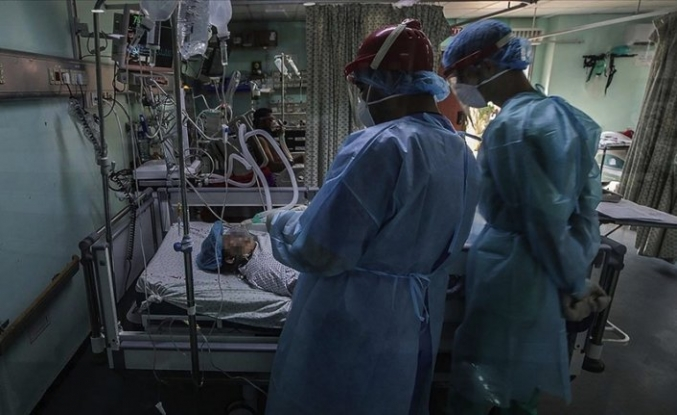 İsrail vatandaşı Filistinli doktorlar Kovid-19 salgınıyla mücadele için Gazze'de