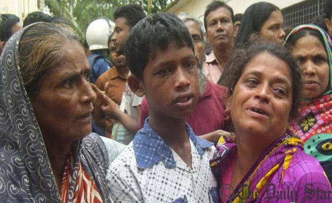 Bangladeş'te yardım izdihamında 23 ölü