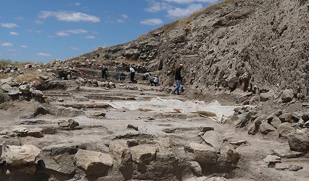 Çadır Höyük'te 5 bin yıl öncesine 'hassas dokunuş'
