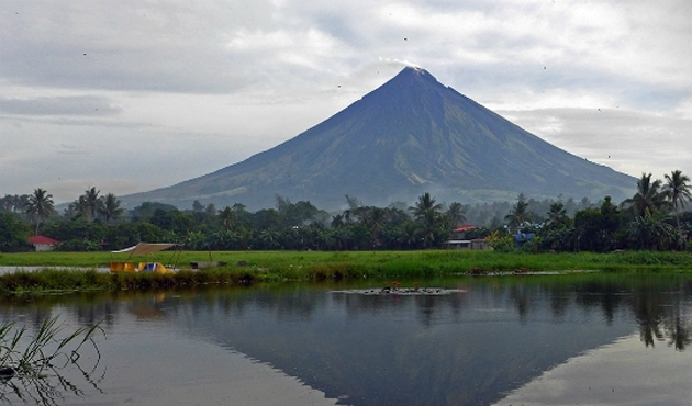 Filipinler'de ve Papua Yeni Gine'de volkanik hareketlilik