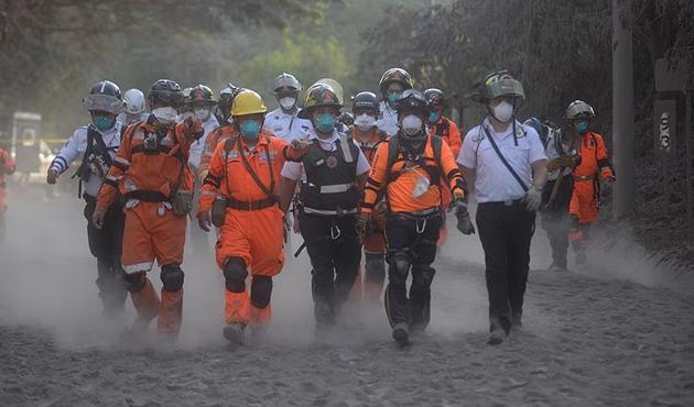Fuego Yanardağı'ndaki patlamalarda ölü sayısı artıyor
