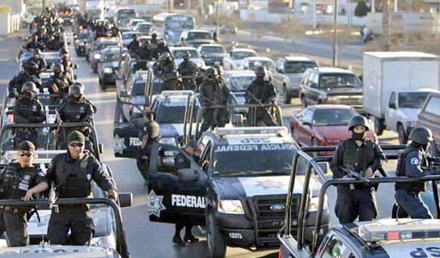 Meksika'da kentin tüm emniyet birimi cinayetle suçlanıyor