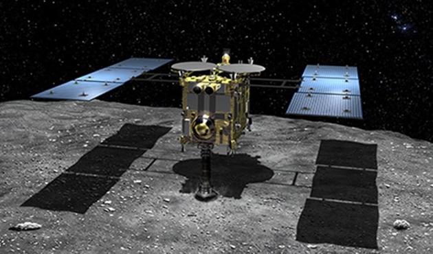Japon uzay aracı 3,5 yıl aradan sonra hedefine ulaştı