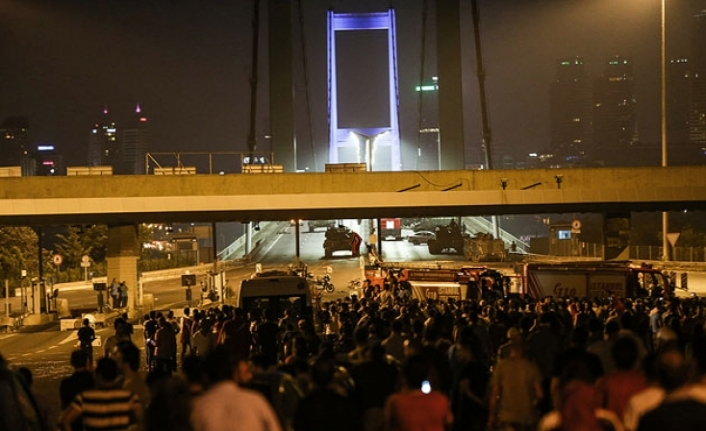 15 Temmuz gecesi Türkiye'de yaşananlar