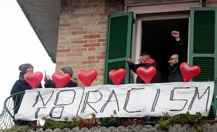"""İtalya'da yabancılara """"defol git"""" demek ırkçılık sayıldı"""